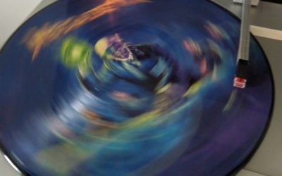 Triangle Vinyl STORE HOURS